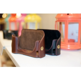 Genuine Cow Leather Protective  Bottom  Case Cover Bag for NIKON P7700